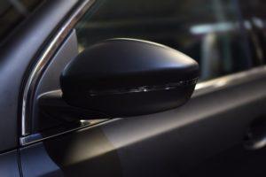 למה בכלל צריך חלונות כהים לרכב?